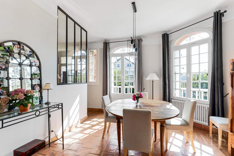Marnes-la-Coquette  - Casa 9 Cuartos 6 Habitaciones - picture 13