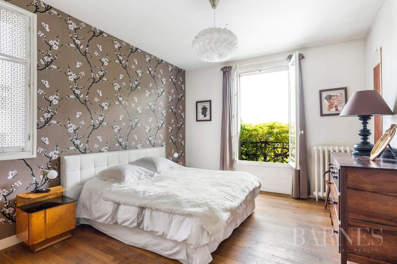 Saint-Cloud  - Maison 8 Pièces 5 Chambres - picture 8