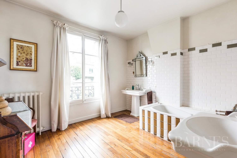Saint-Cloud  - Maison 8 Pièces 5 Chambres - picture 9