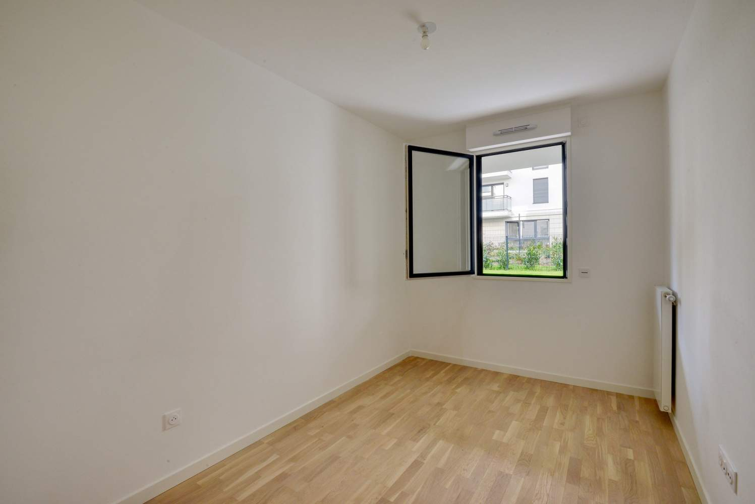 Garches  - Appartement 4 Pièces 3 Chambres - picture 6