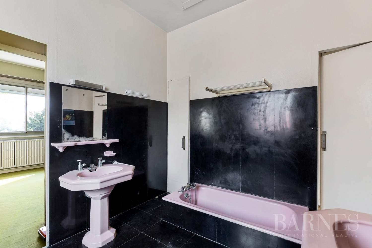 Saint-Cloud Montretout, maison 1930 de 286 m² habitables sur terrain sud 792 m² picture 11