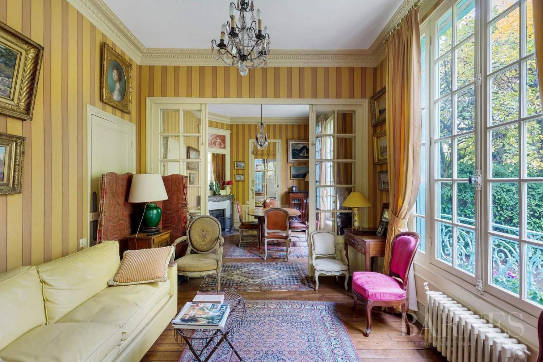 Vaucresson  - Maison 8 Pièces 4 Chambres - picture 19