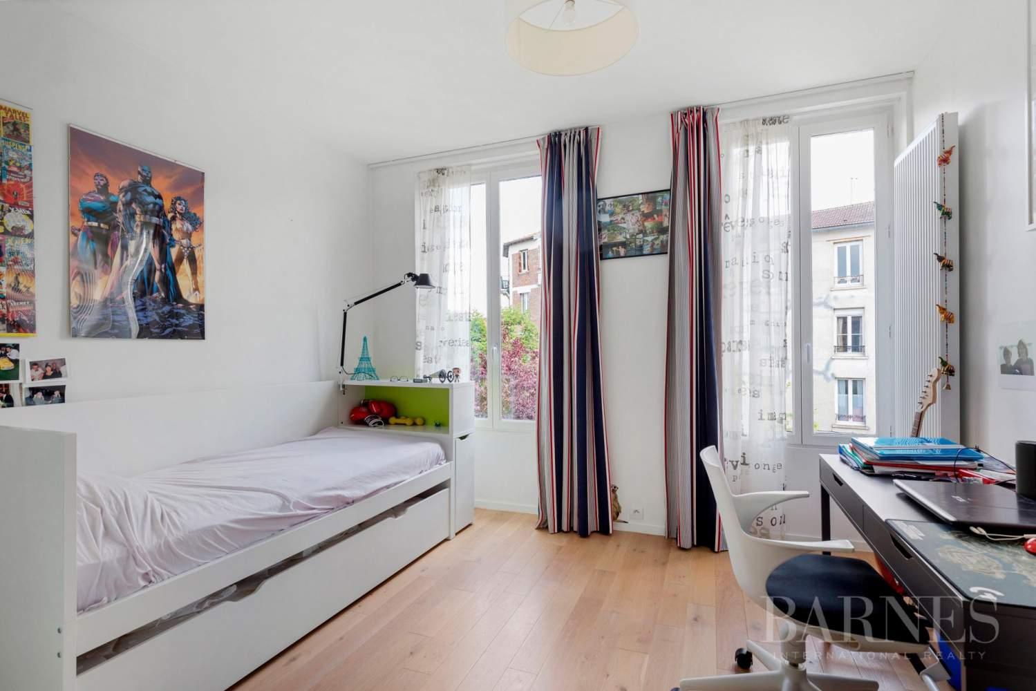 Saint-Cloud  - Maison 6 Pièces 4 Chambres - picture 8