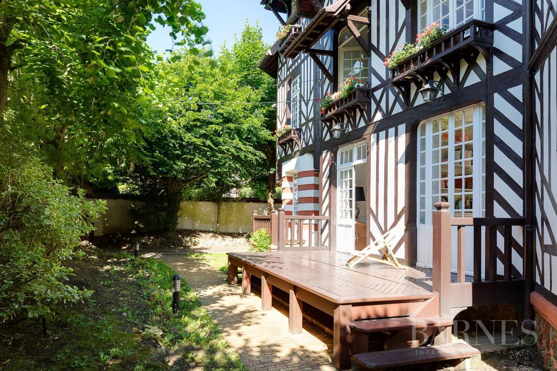 Garches  - Maison 9 Pièces 4 Chambres - picture 17