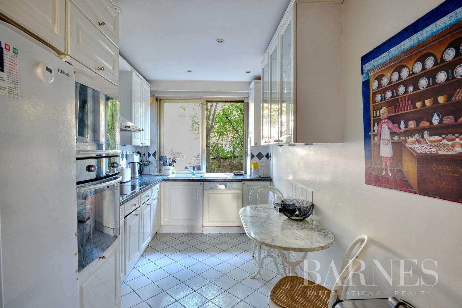 Saint-Cloud  - Apartment 2 Bedrooms - picture 6