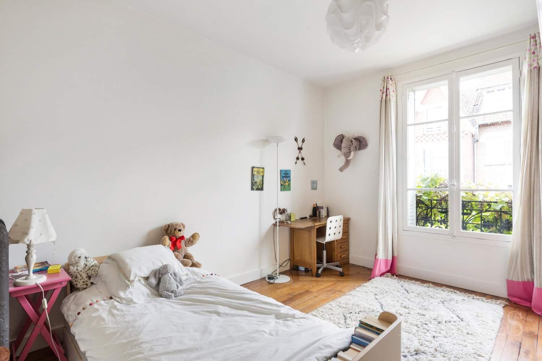 Saint-Cloud  - Maison 8 Pièces 5 Chambres - picture 11