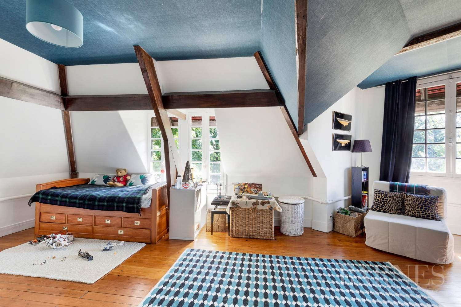 Garches  - House 4 Bedrooms - picture 9