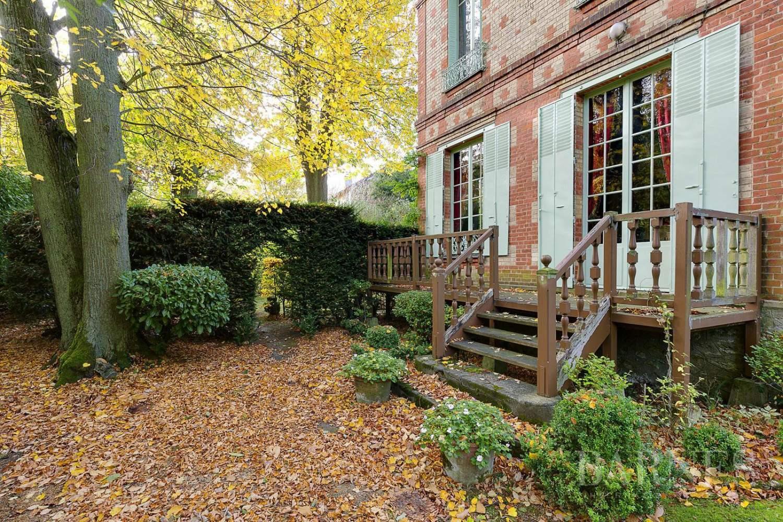 Vaucresson  - Maison 8 Pièces 4 Chambres - picture 13