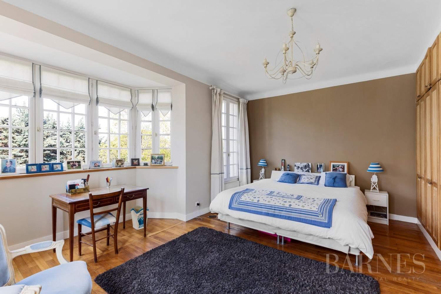 Marnes-la-Coquette  - Casa 9 Cuartos 6 Habitaciones - picture 17