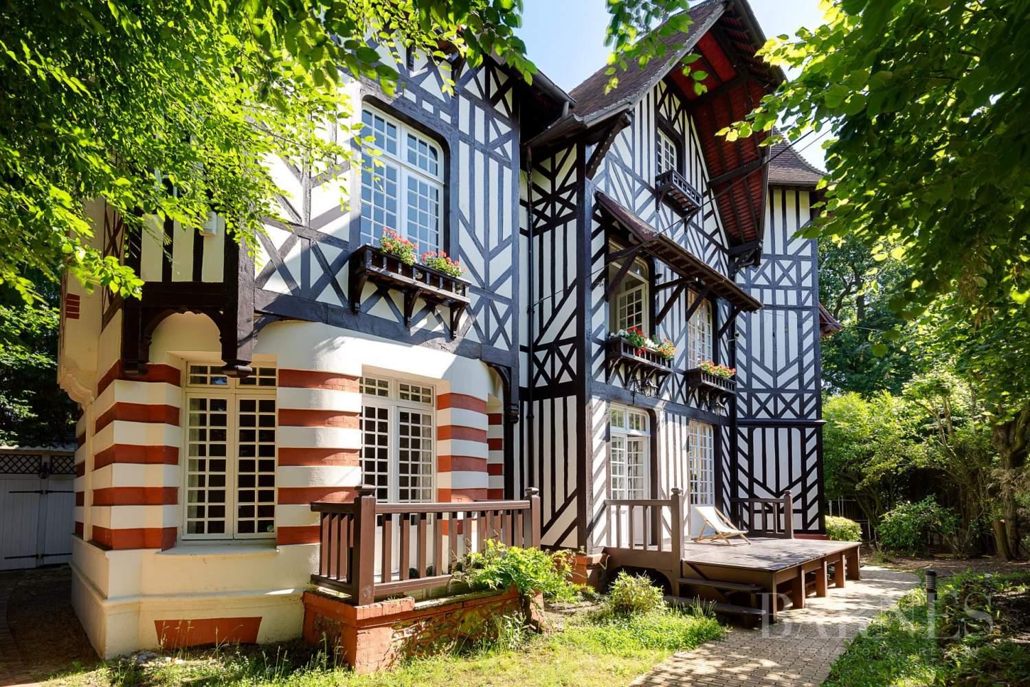 Garches  - Maison 9 Pièces 4 Chambres - picture 18