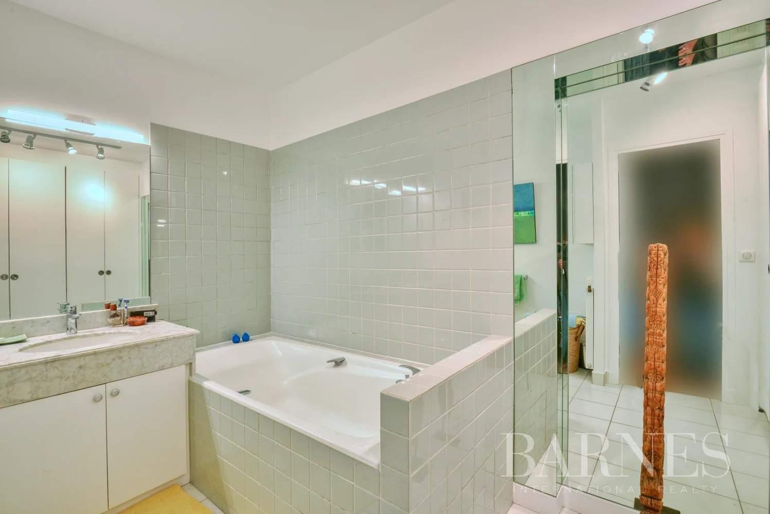 Saint-Cloud  - Appartement 5 Pièces 3 Chambres - picture 13