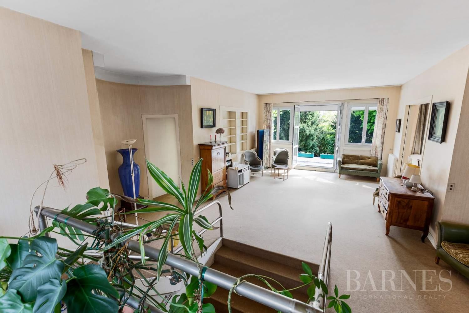 Saint-Cloud Montretout, maison 1930 de 286 m² habitables sur terrain sud 792 m² picture 7