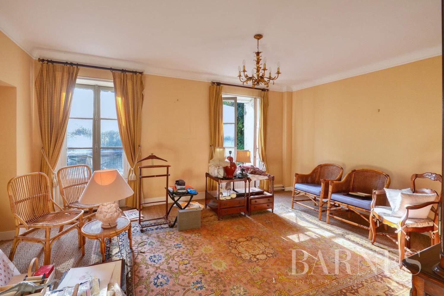 Clamart  - Hôtel particulier 12 Pièces 7 Chambres - picture 10