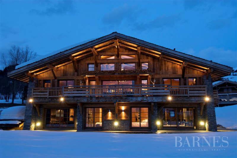 chalet de 750 m² sur le domaine skiable et proche du Golf picture 8