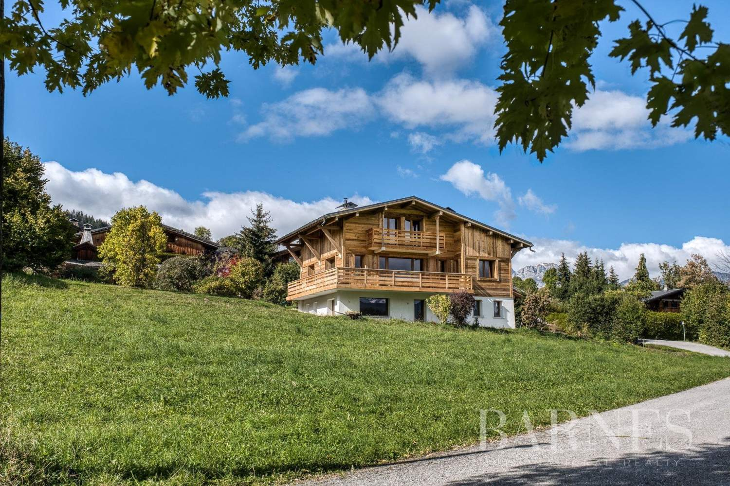 Megève ? Ormaret ? 5-bedroom chalet entirely renovated ? Mont Blanc views picture 2