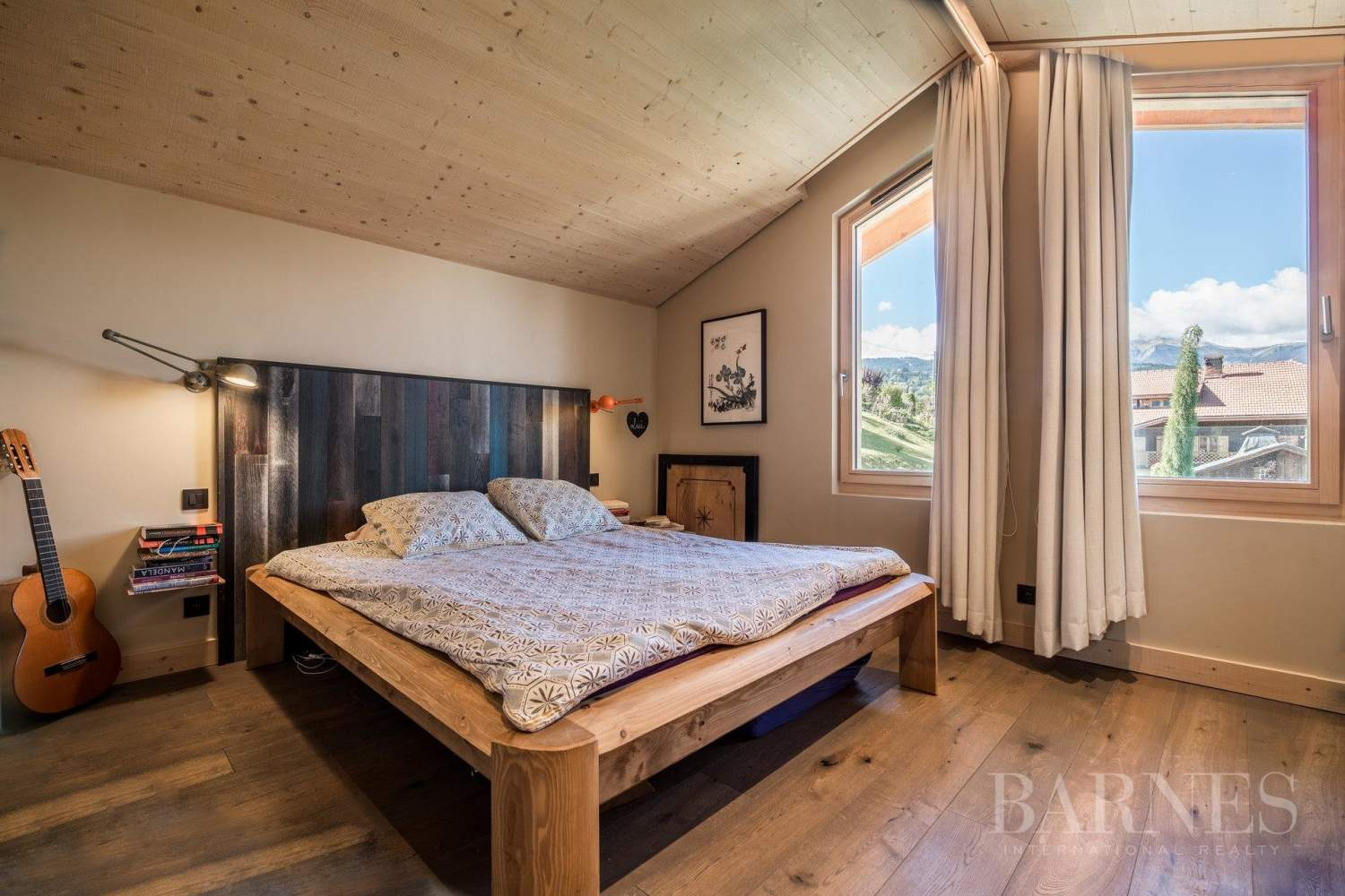 Combloux ? 135 m2 Brondex chalet with panoramic views picture 4