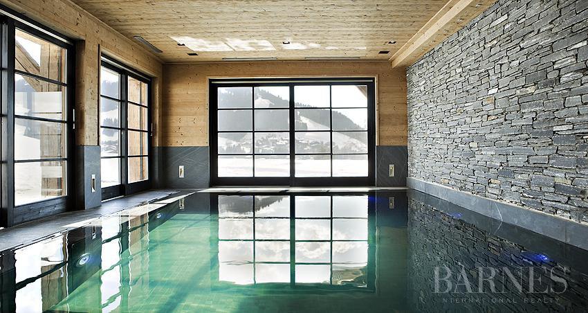 chalet de 750 m² sur le domaine skiable et proche du Golf picture 9