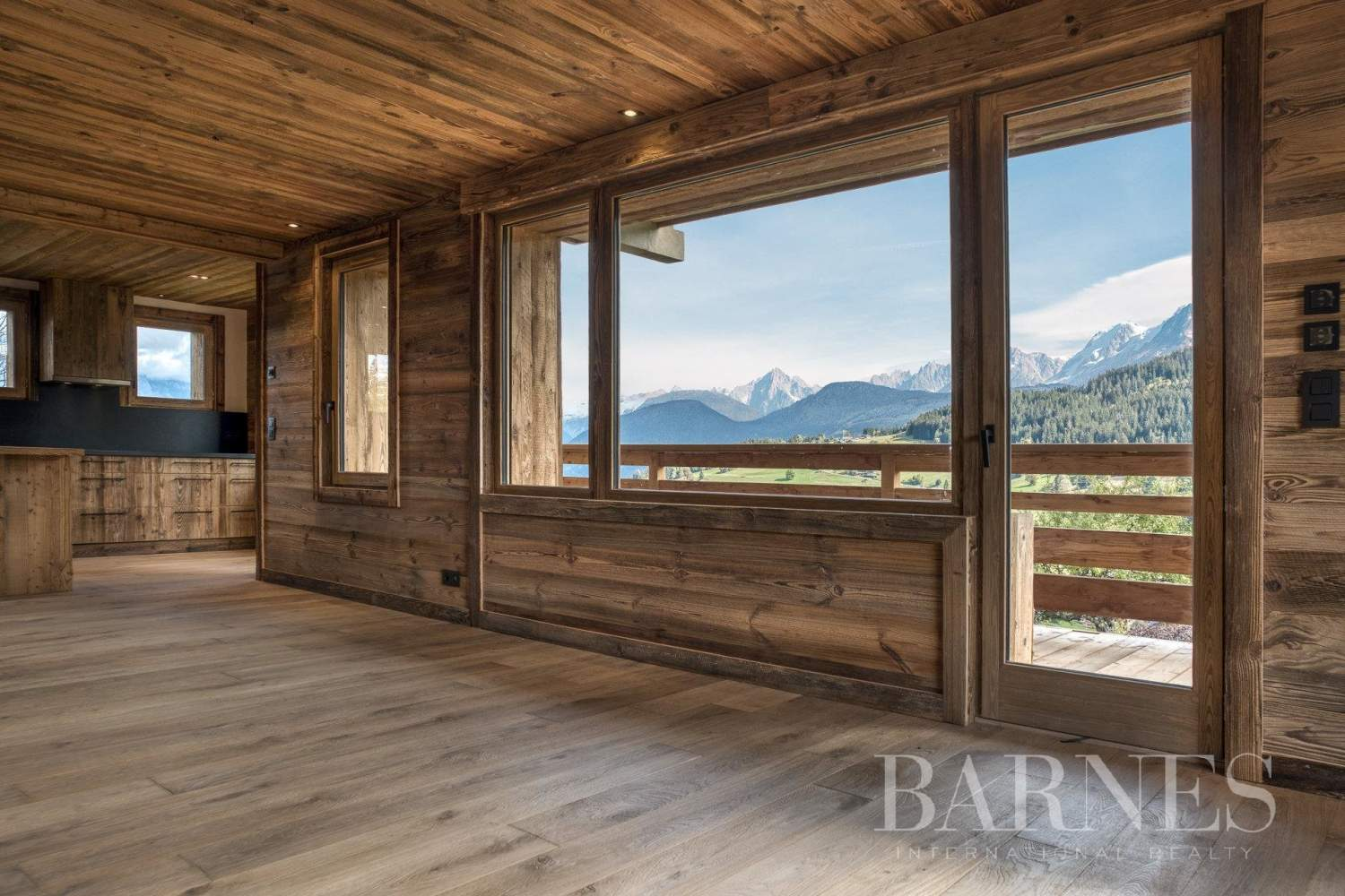 Megève ? Ormaret ? 5-bedroom chalet entirely renovated ? Mont Blanc views picture 3