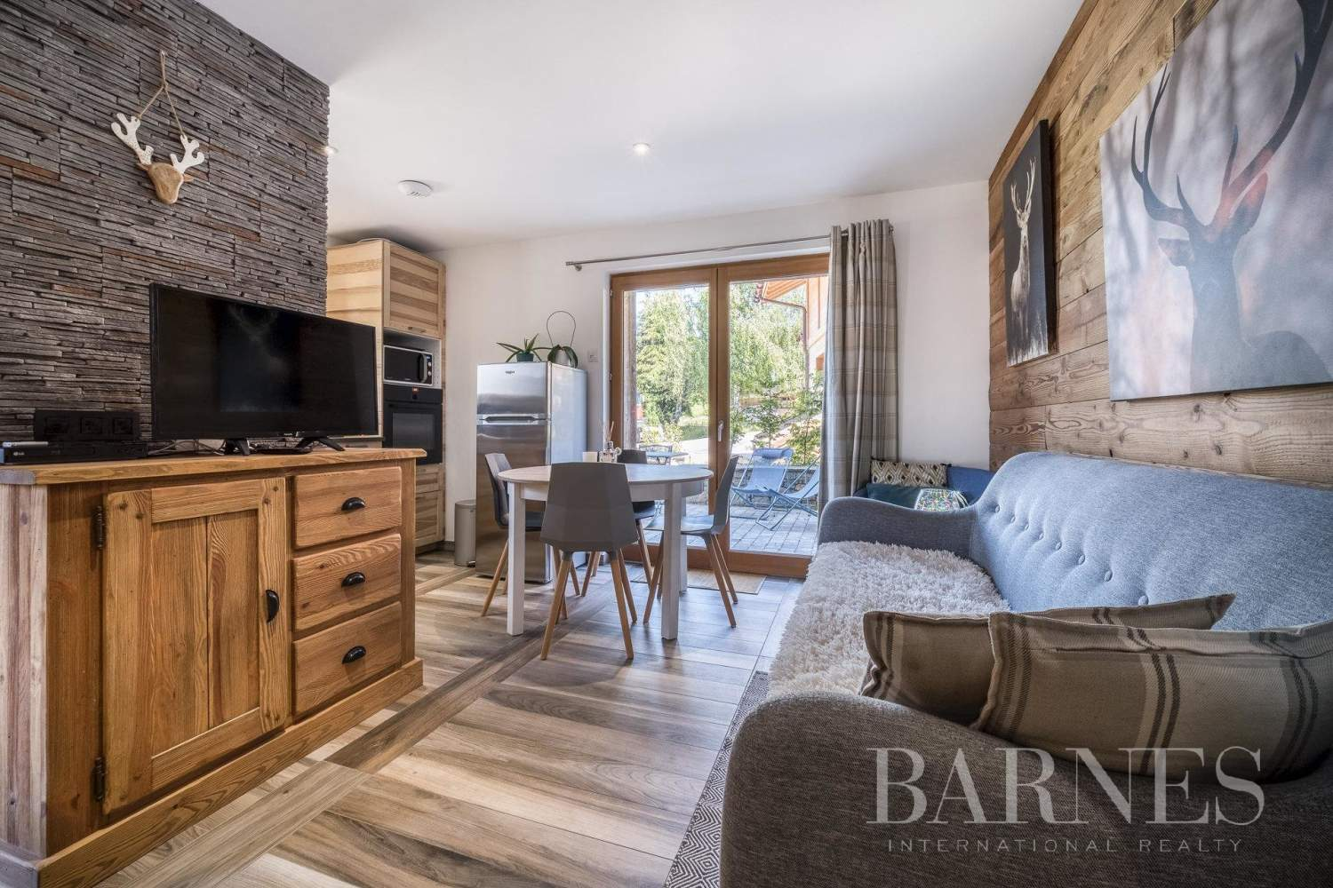 Exclusive to Barnes - Stunning ski-in chalet situated on La Princesse ski slopes picture 12
