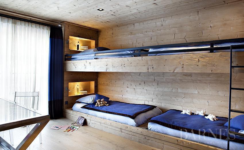 chalet de 750 m² sur le domaine skiable et proche du Golf picture 10