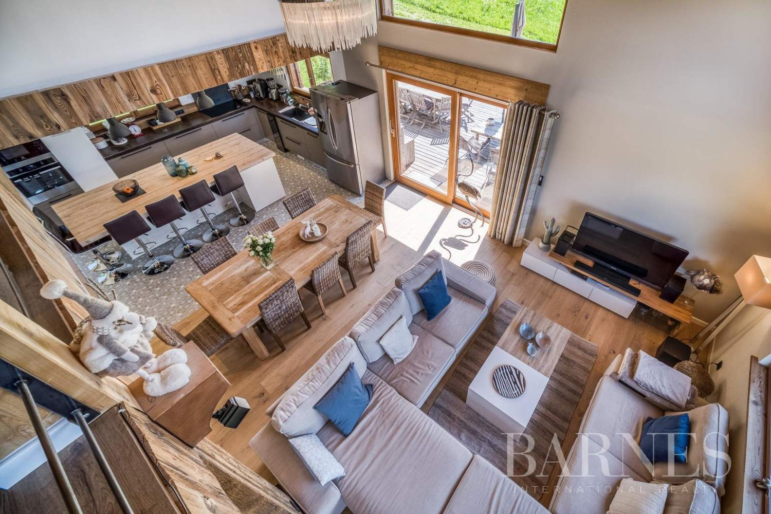 Exclusive to Barnes - Stunning ski-in chalet situated on La Princesse ski slopes picture 5