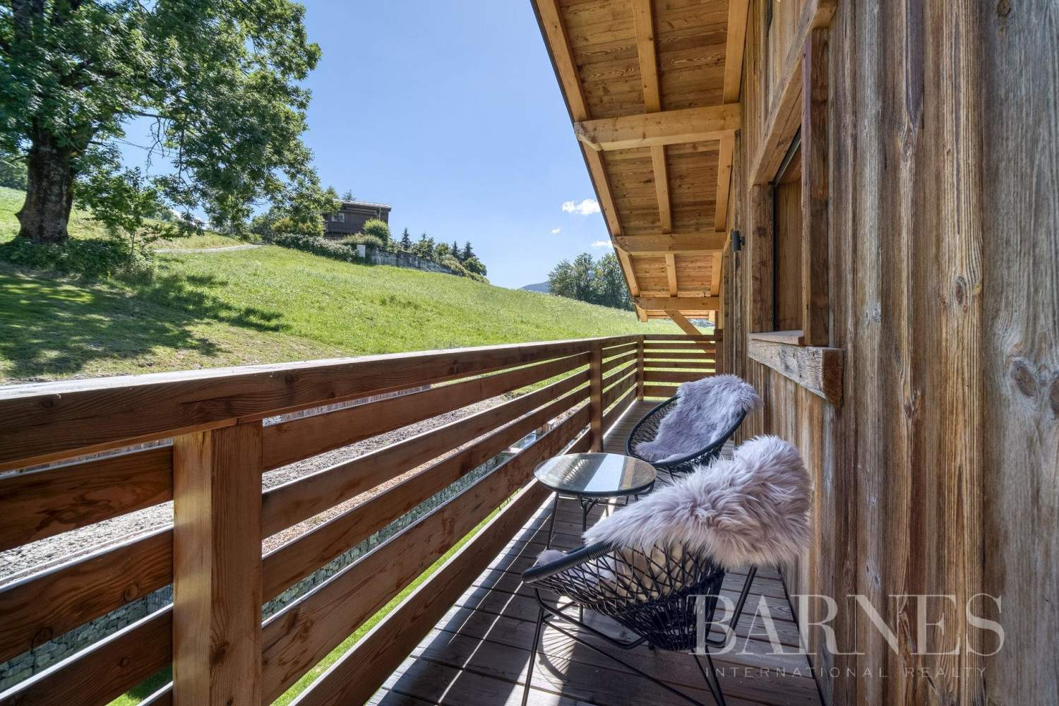 Exclusive to Barnes - Stunning ski-in chalet situated on La Princesse ski slopes picture 10
