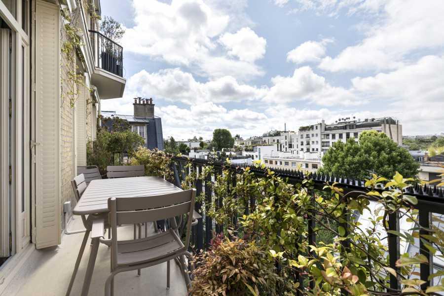 Neuilly-sur-Seine  - Apartment 4 Bedrooms