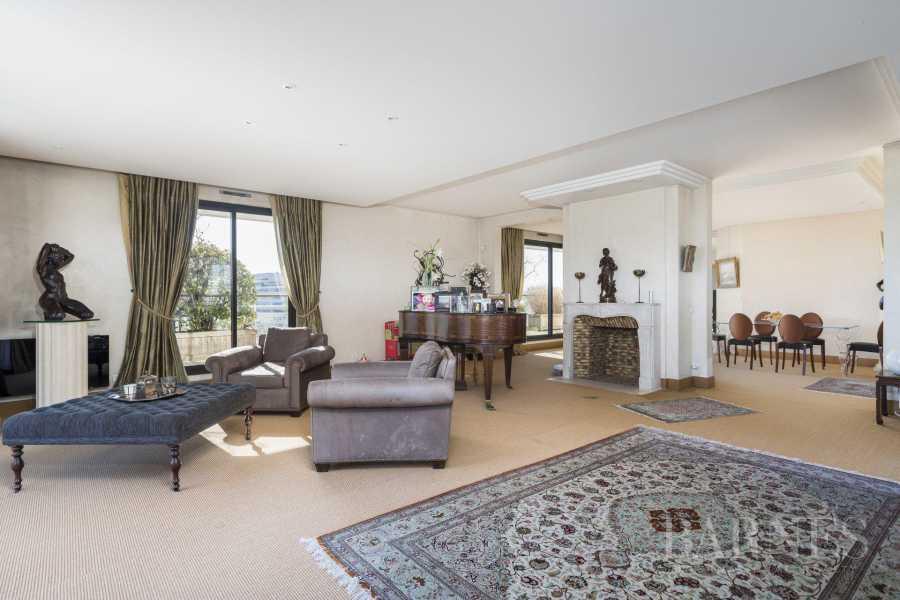 Levallois-Perret  - Appartement 6 Pièces 4 Chambres