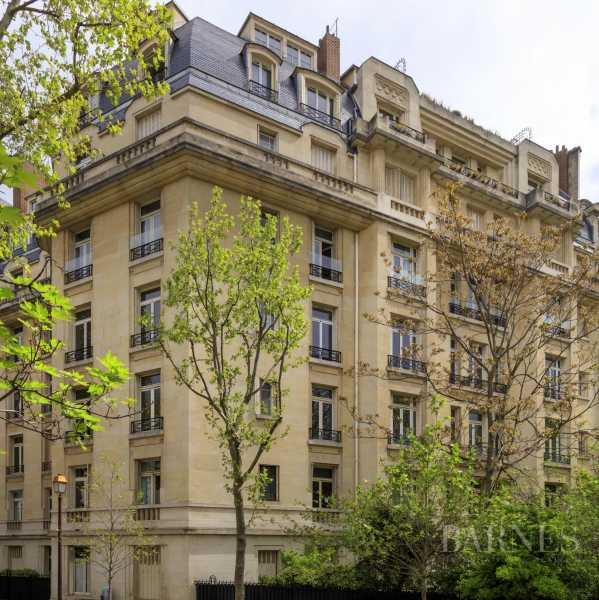 EXCLUSIVE - 8-ROOM APARTMENT FOR SALE - RENOVATED 1930s BUILDING - NEUILLY/PASTEUR picture 19