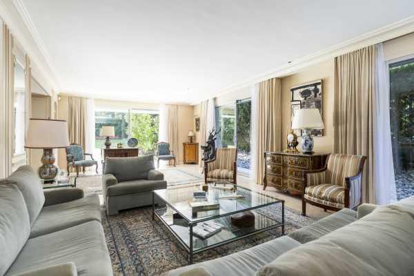 Appartement Neuilly-sur-Seine  -  ref 4363435 (picture 2)