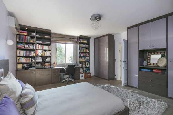 House Neuilly-sur-Seine  -  ref 2592231 (picture 3)