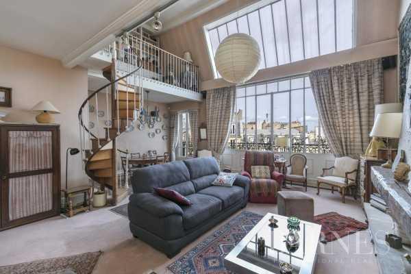 Apartment Neuilly-sur-Seine  -  ref 3613858 (picture 1)