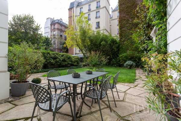 Apartment, Neuilly-sur-Seine - Ref 3278442