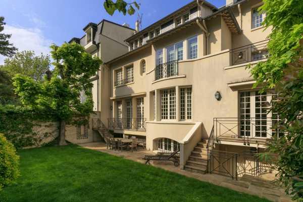 Casa, Neuilly-sur-Seine - Ref 2593182