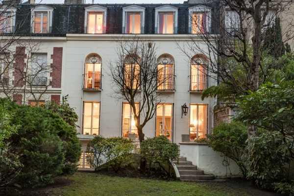 Casa, Neuilly-sur-Seine - Ref 2593465