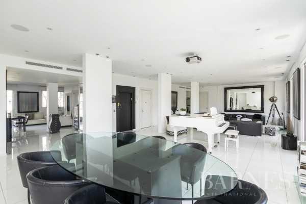 Apartment Neuilly-sur-Seine  -  ref 4095247 (picture 2)