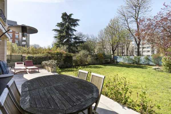 Apartment Neuilly-sur-Seine  -  ref 5184538 (picture 2)