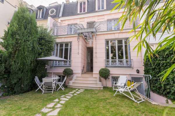 Hôtel particulier Neuilly-sur-Seine  -  ref 4047170 (picture 1)