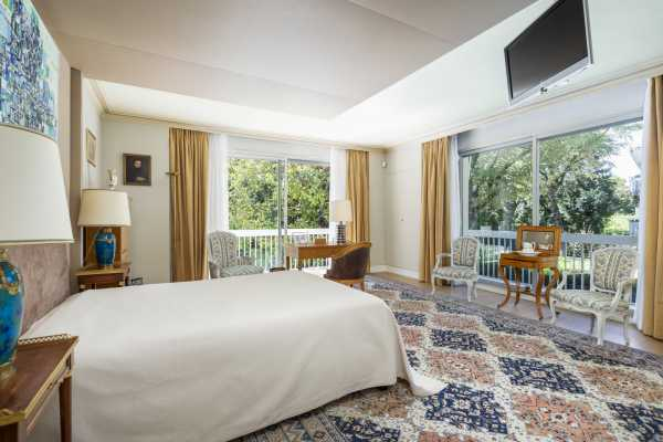 Apartment Neuilly-sur-Seine  -  ref 4363448 (picture 2)