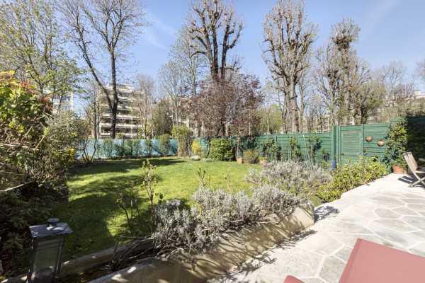Apartment Neuilly-sur-Seine  -  ref 5184538 (picture 1)