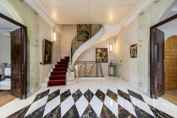 Hôtel particulier Neuilly-sur-Seine  -  ref 4436187 (picture 1)