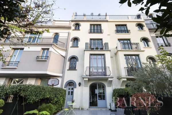House Neuilly-sur-Seine  -  ref 4555779 (picture 2)