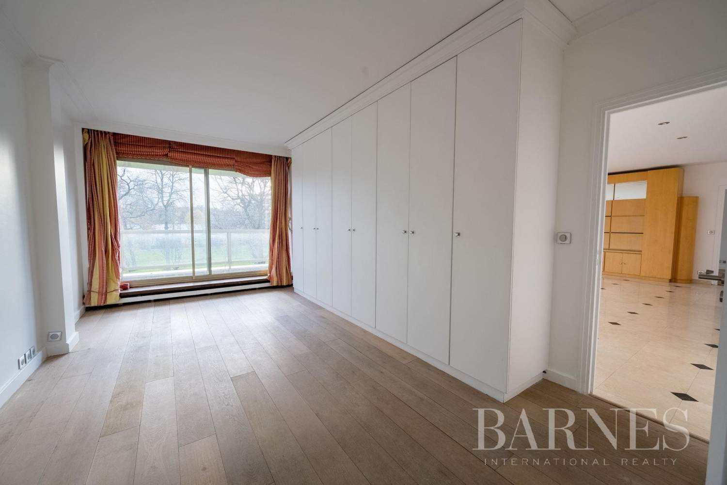 Neuilly-sur-Seine  - Appartement 5 Pièces 3 Chambres - picture 11