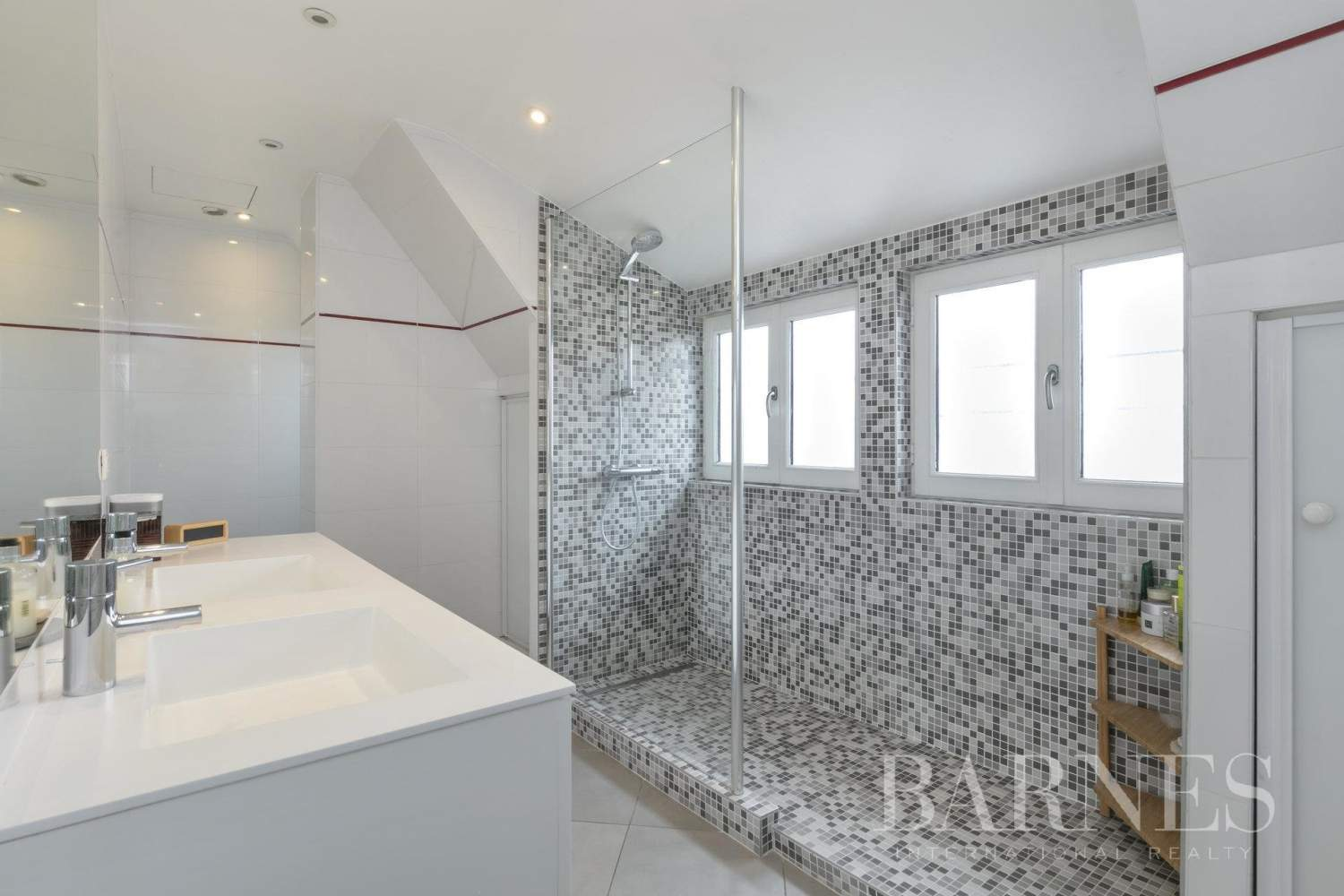 Neuilly-sur-Seine  - Apartment 4 Bedrooms - picture 12