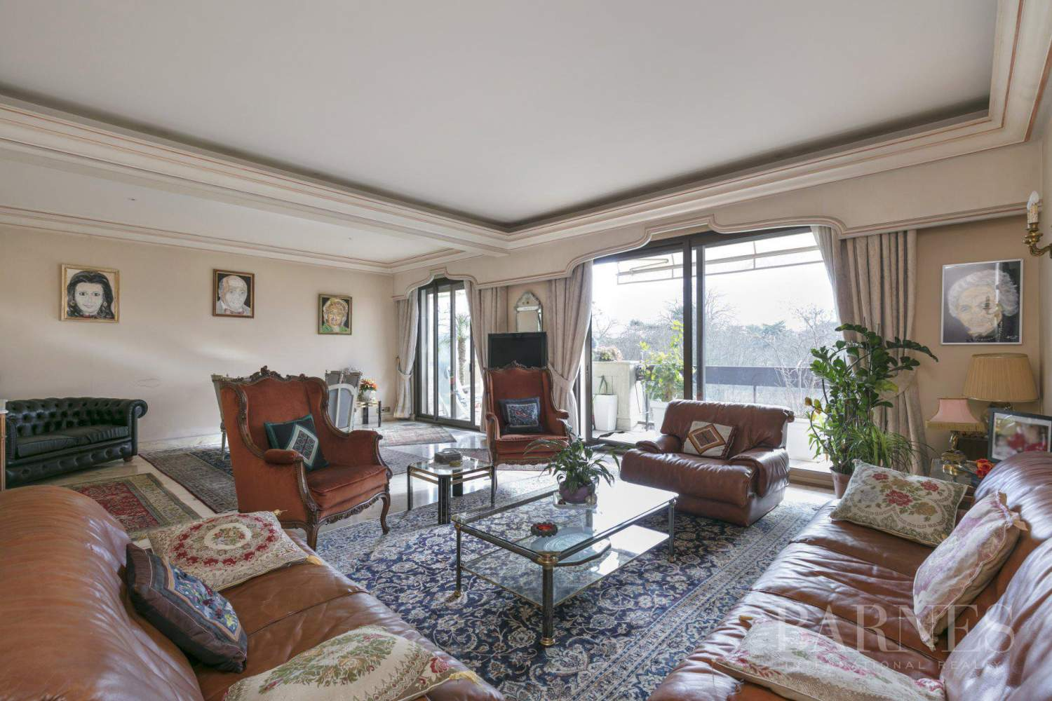 NEUILLY - BOIS - APPARTEMENT 5 PIECES - BALCONS LARGES - VUES PANORAMIQUES picture 2