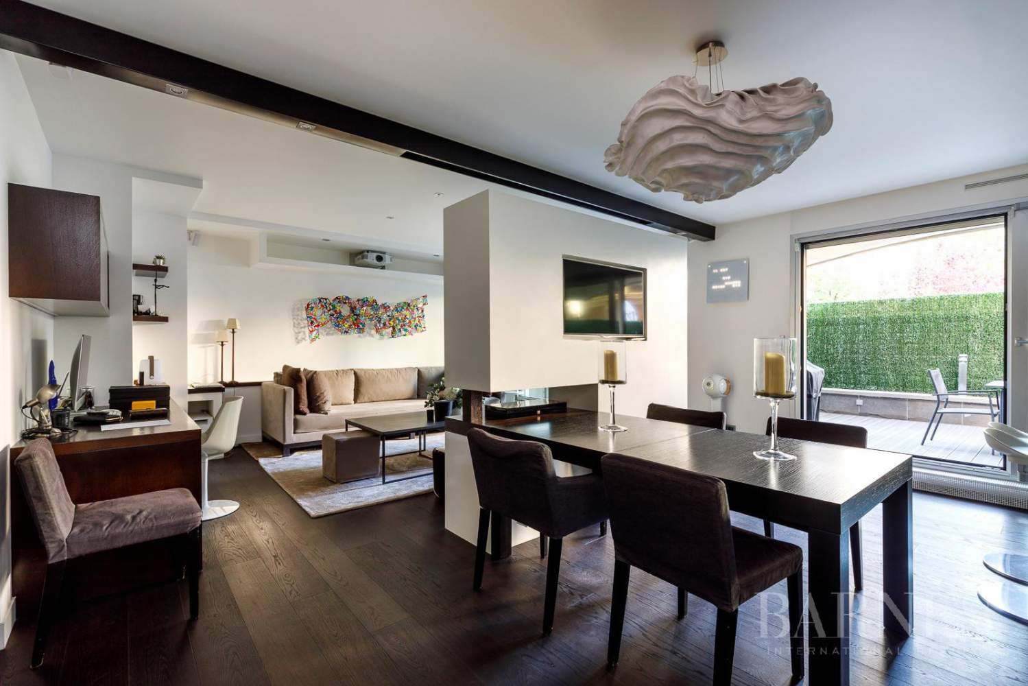 NEUILLY - CHEZY - PERRONET - APPARTEMENT TERRASSE picture 2