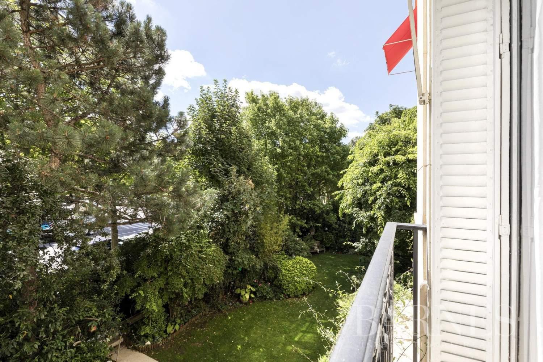 Neuilly-sur-Seine  - Appartement 6 Pièces 4 Chambres - picture 2