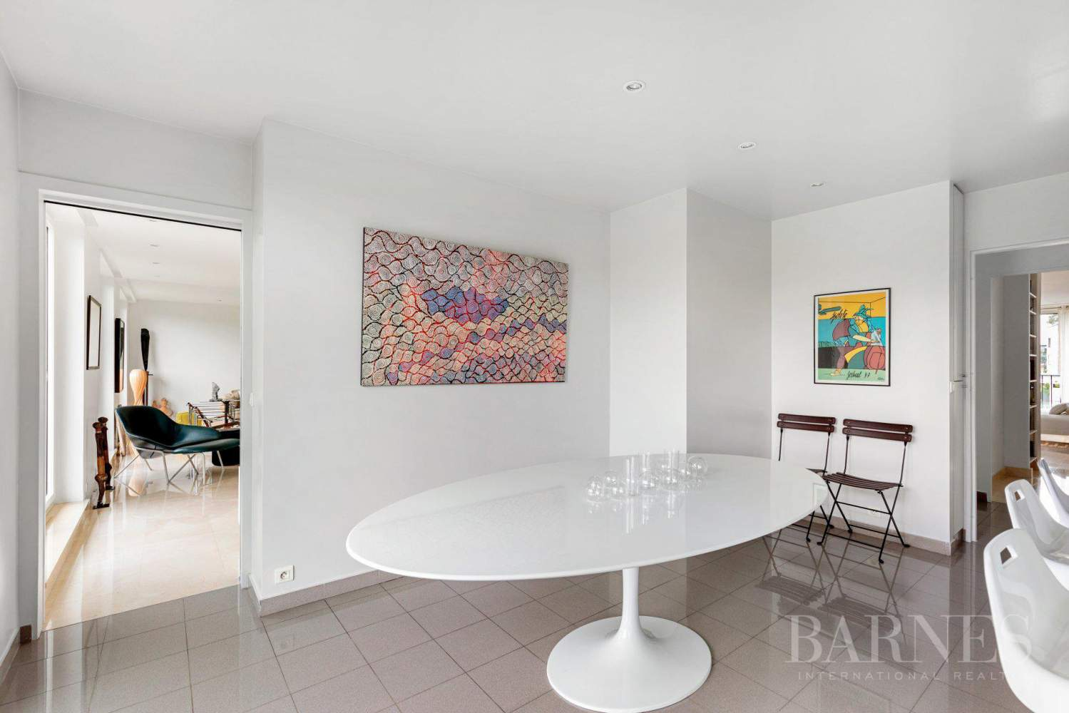 EXCLUSIVE - NEUILLY SAINT-JAMES - APARTMENT WITH RECEPTION ROOMS - UPPER FLOOR - PANORAMIC VIEWS picture 5