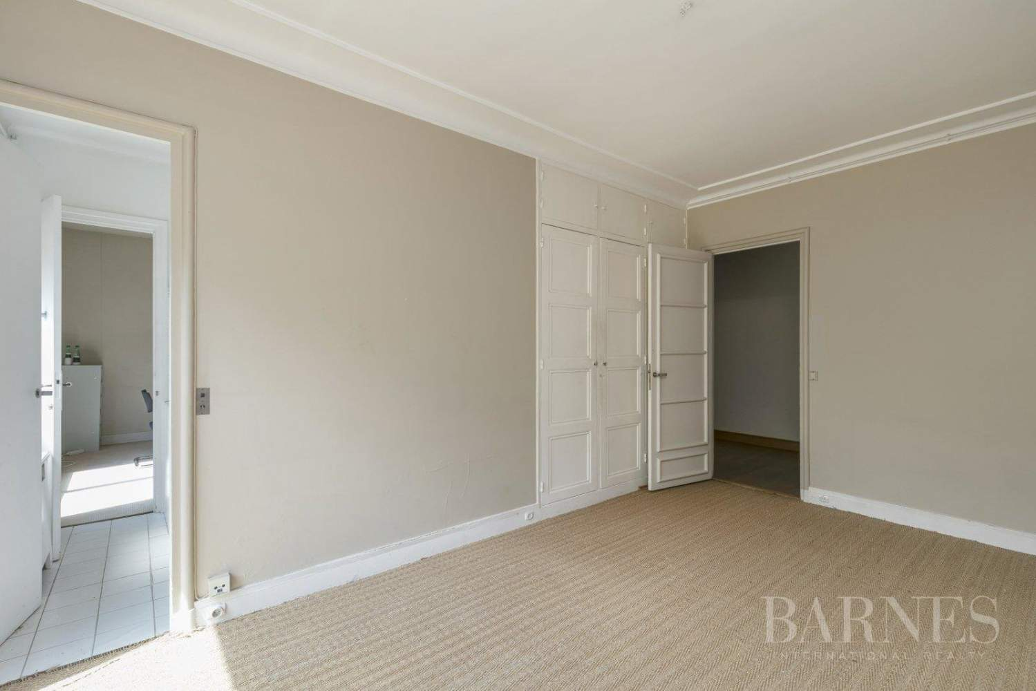 3-BEDROOM APARTMENT - CLEAR VIEWS - BALCONIES - NEUILLY / CHÂTEAU - NORTIER picture 3