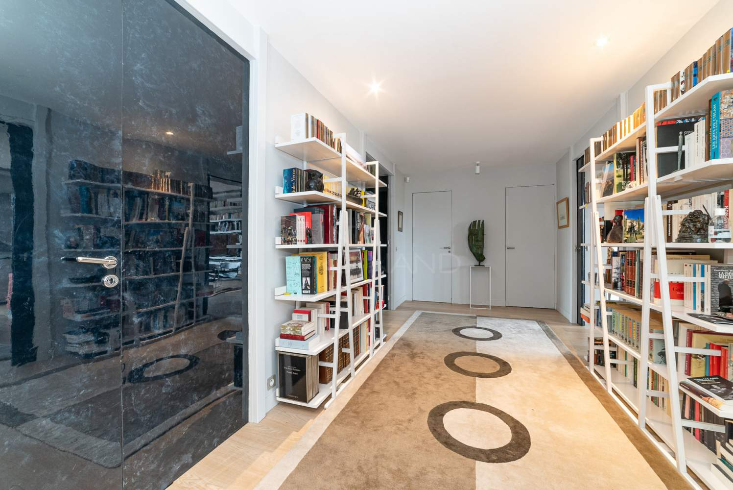 Neuilly-sur-Seine  - Appartement 5 Pièces 2 Chambres - picture 6